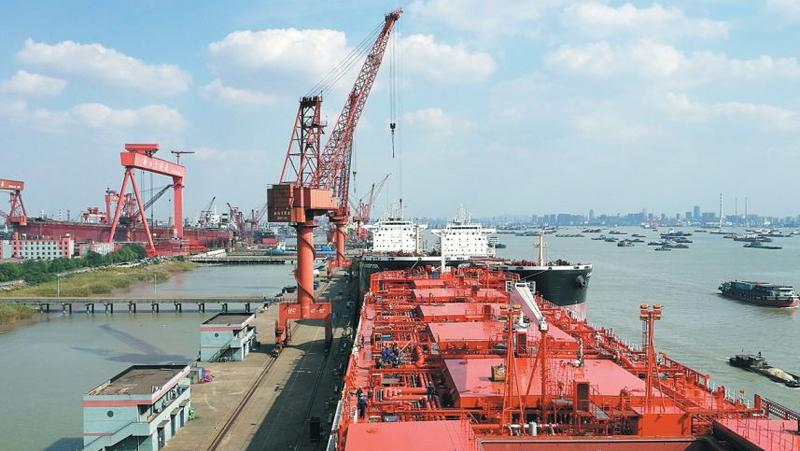 China shipbuilding industry sees rise in new orders